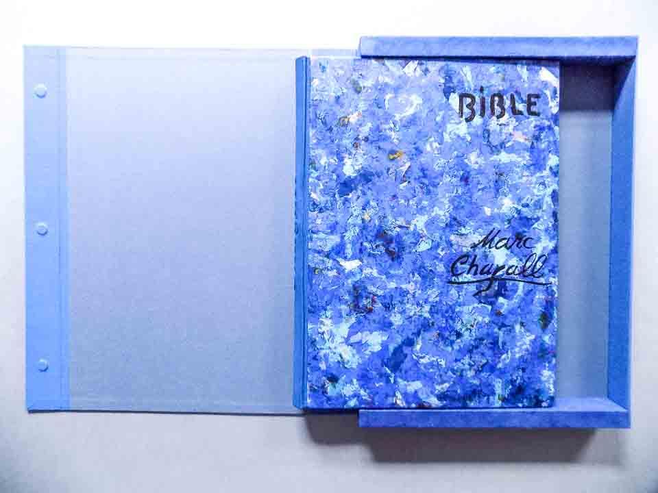 Bijbel Chagall na restauratie en conservatie